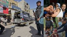 7-cops-guarding-polio-vaccination-workers-killed-in-Pakistan