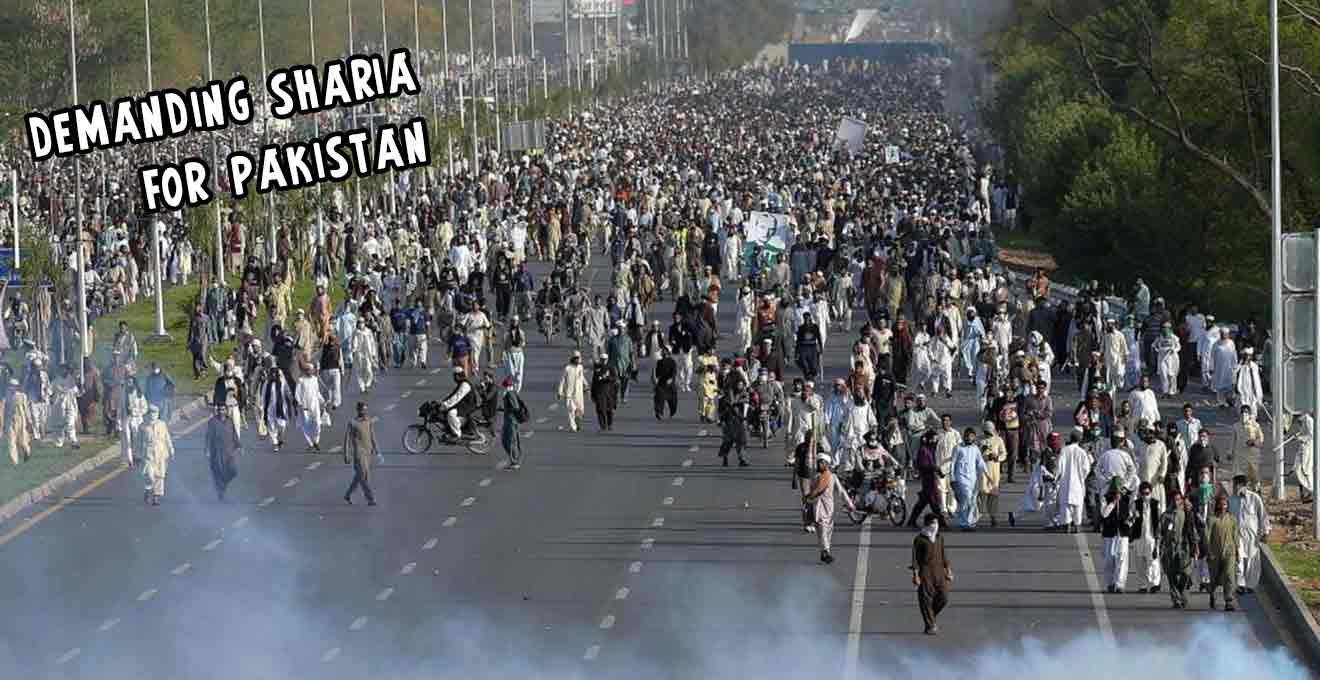 Islamists-call-for-Sharia-law-in-Pakistan