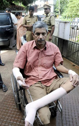 T J Joseph, a professor at the New Man College, Thodupuzha - a victim of the Islamists. His right palm was chopped off by fanatic Muslims for setting a controversial question paper for an examination.