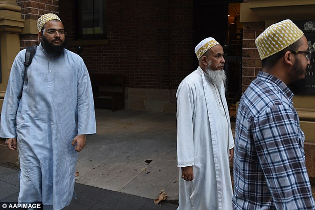 Community leader Shabbir Mohammedbhai Vaziri (middle), one of three convicted of female genital mutilation, should receive jail time rather than home detention in order to deter others, a court heard on Friday.