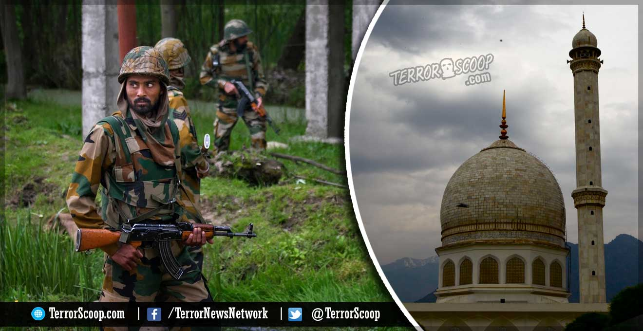 Indian-Army-barges-into-Mosque-for-playing-anti-India-Slogans-and-Songs-on-Loudspeakers