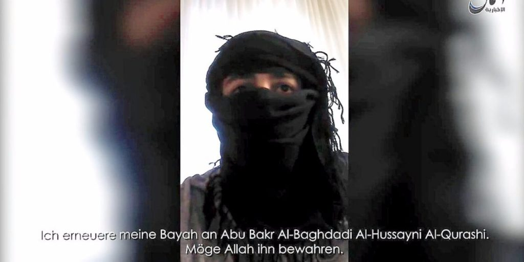 Mohammed Daleel in a video claiming responsibility for an attack before blowing himself